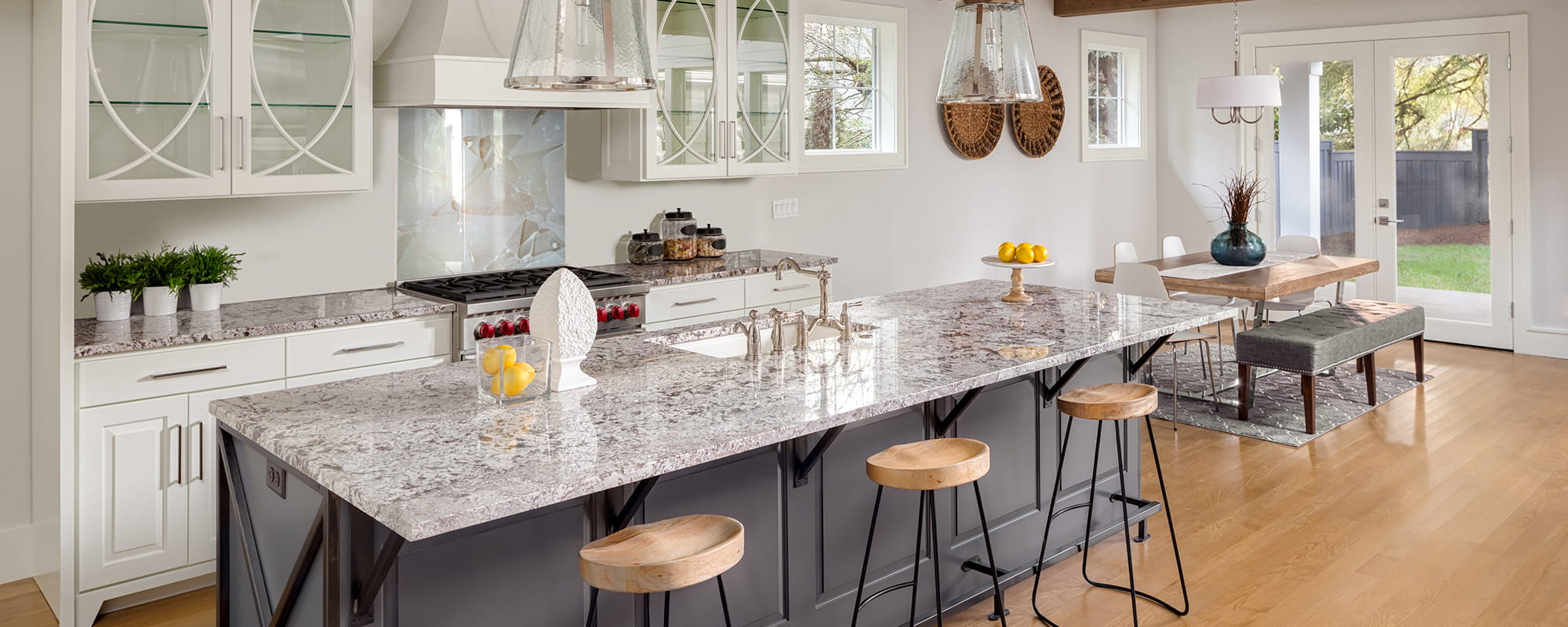 Grout-Free Backsplash